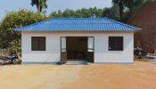 Ngôi nhà xây bằng vật liệu fibro xi măng mới thu hút sự chú ý của bà con tại xã Văn Lãng